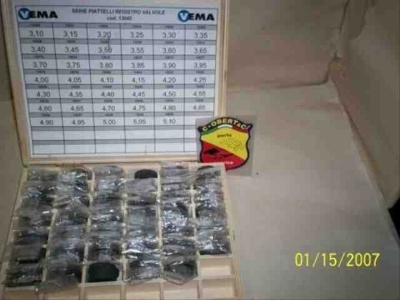 OHC VALVE SHIM SET IN BOX