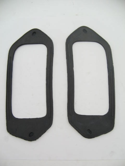 TAIL LAMP TO BODY GASKET SET