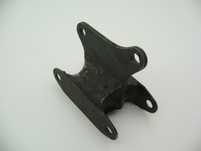 4-SPEED REAR RUBBER MOUNT