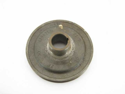 FRONT PULLEY