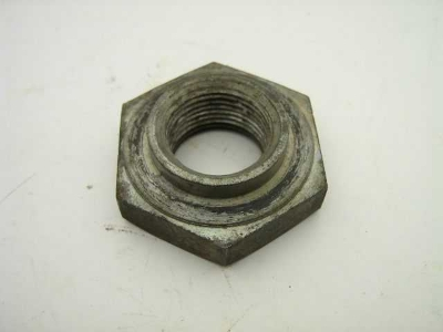 FRONT CRANK PULLEY NUT