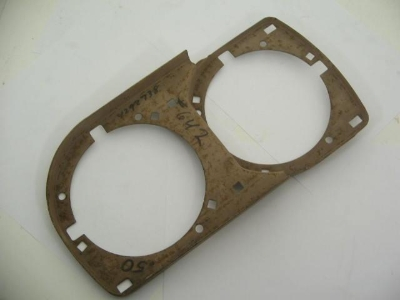 FRONT LEFT HEAD LIGHT FRAME
