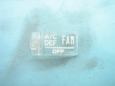 """A/C DEF FAN OFF"" EMBLEM"