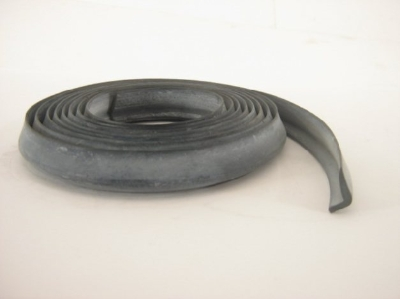 1967-78 RUBBER FOR BELT TRIM