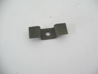LOWER GRILL MOUNTING BRACKET