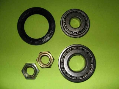 FRONT WHEEL BEARING KIT