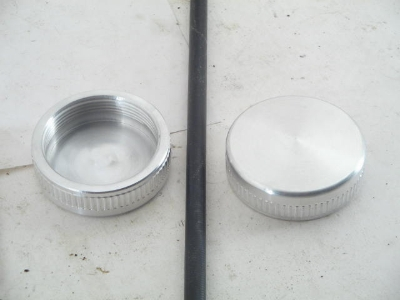 NON-LOCKING SCREW-ON GAS CAP
