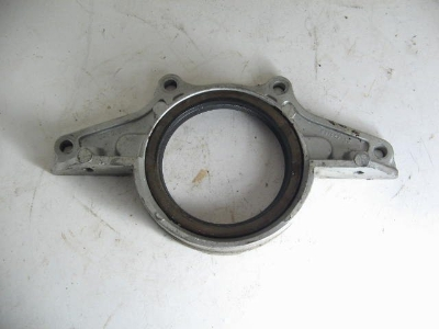 R CRANKSHAFT MAIN SEAL HOLDER