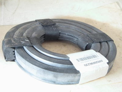 TOP FRONT RUBBER SEAL