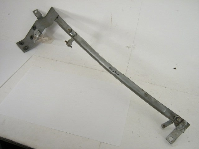 WIPER MOUNT ASSEMBLY