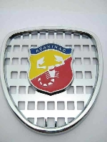THIN GRILL WITH EMBLEM